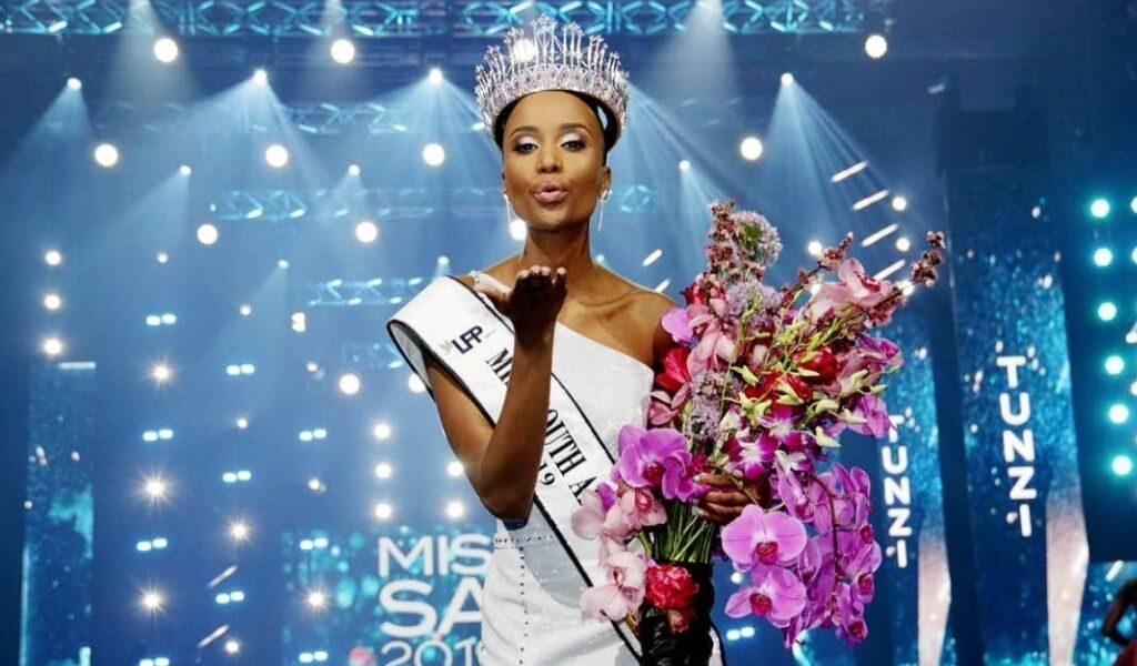 DZALEU.COM : Zozibini Tunzi Miss South Africa