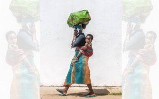 DZALEU.COM - African Lifestyle magazine - Mère portant enfant au dos