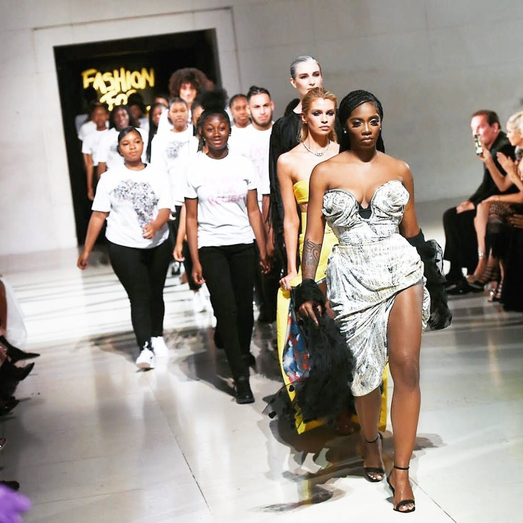 DZALEU.COM : African Lifestyle Magazine - Black celebrities : Naomi Campbell Fashion For Relief Show 2019, London - Tiwa Savage on Runway