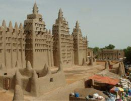 DZALEU.com : African Lifestyle magazine - Une vue de la ville historique Tombouctou (Mali) / DR