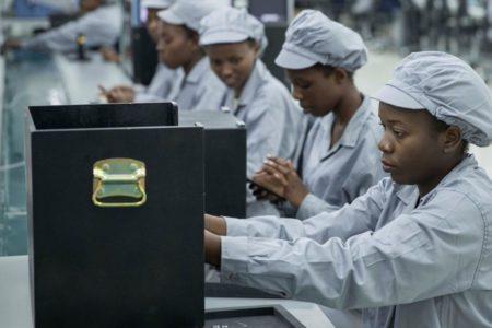 DZALEU.com - Mara Phones ouvre une usine au Rwanda