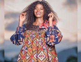 Désirée Babassagana, finaliste Miss Cameroun 2020, en robe kaba