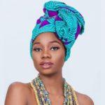 Luwi Kawanda (Miss Zambie 2019) en foulard africain