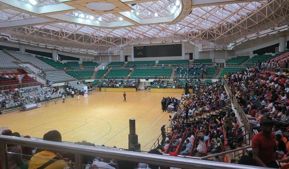 Une vue intérieure du Palais Polyvalent des Sports de Yaoundé (Paposy)