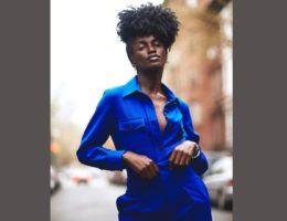 Cheveux crépus : la coupe sur le côté d'Anima Agyeman - Igers