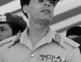 Mouammar Kadhafi, Guide de la Révolution libyenne (7 juin 1942 - 20 octobre 2011)