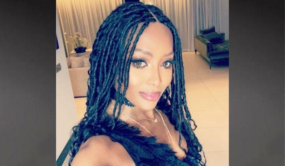 Naomi Campbelle en nattes africaines (fausses locks)